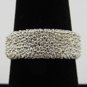 Vintage Size 8 Sterling Unique Style Textured Ring